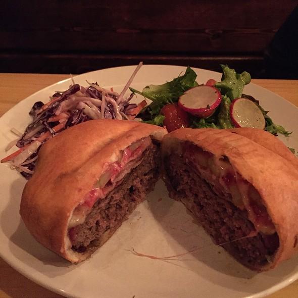 Korzo Burger @ Brooklyn Beet Company