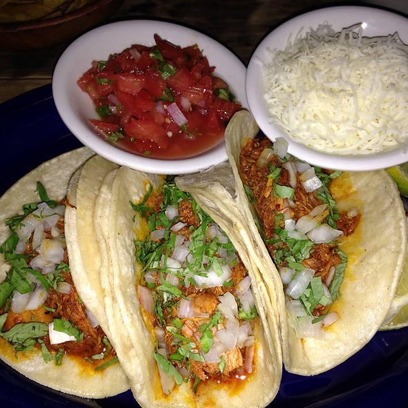 Chicken Tacos With Cheese & Salsa