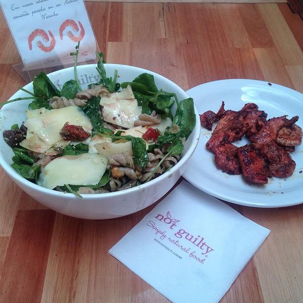 Mediterranean Salad & Tandori Chicken