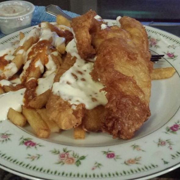 Fish and Chips @ Pete's Steak House