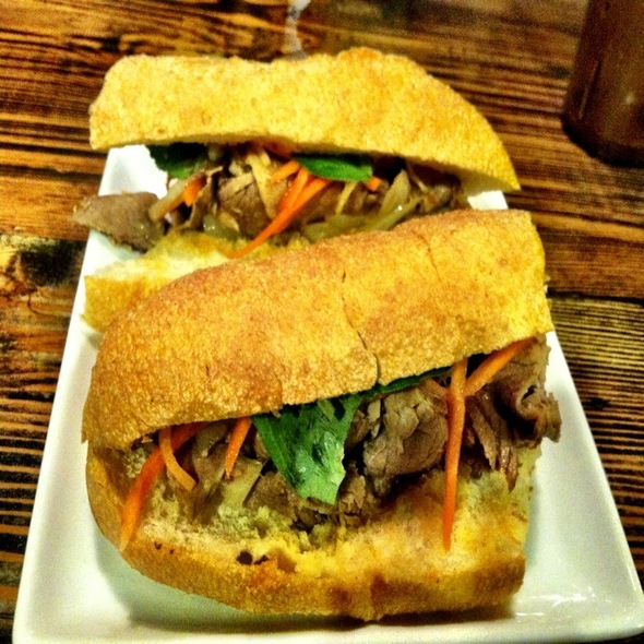 Spicy Saigon Bahn Mi @ Saigon Shack