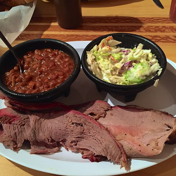 Tri Tip And Beef Brisket @ Madd Jack's Grillin Shack Co