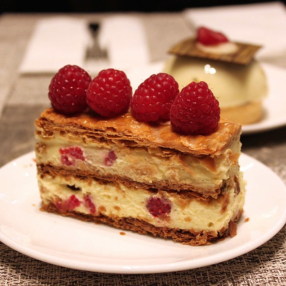 Raspberry Mille Feuille