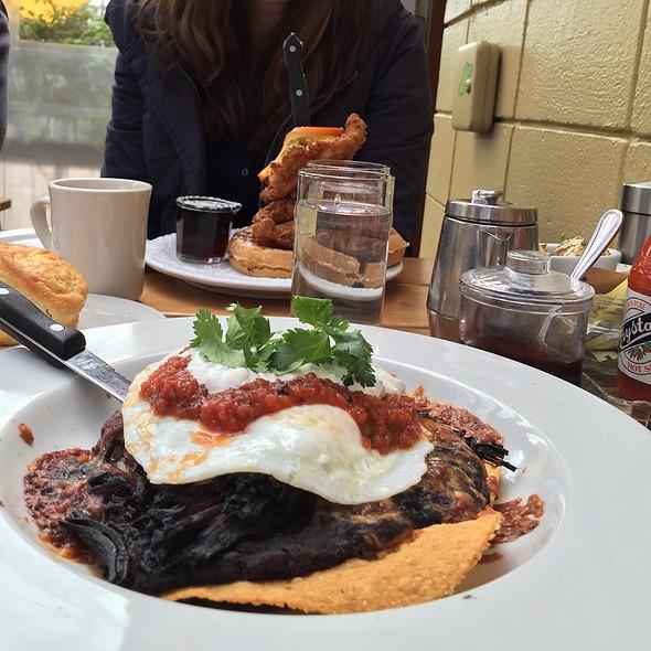Huevos rancheros @ Screendoor Restaurant
