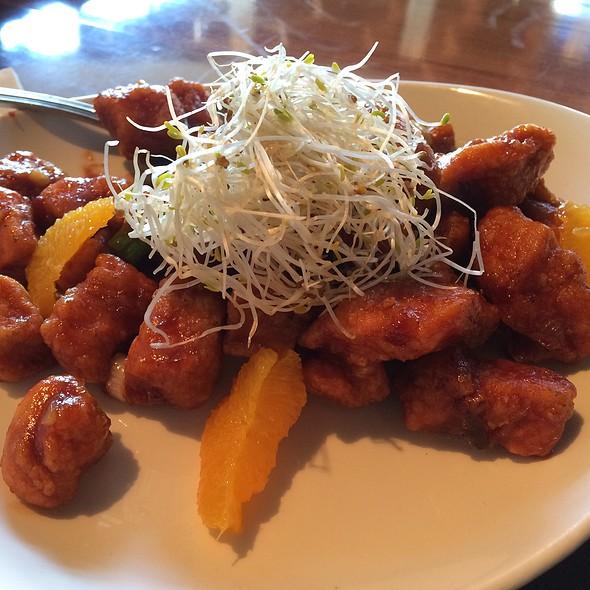 Orange Peel Chicken @ P.F. Chang's China Bistro