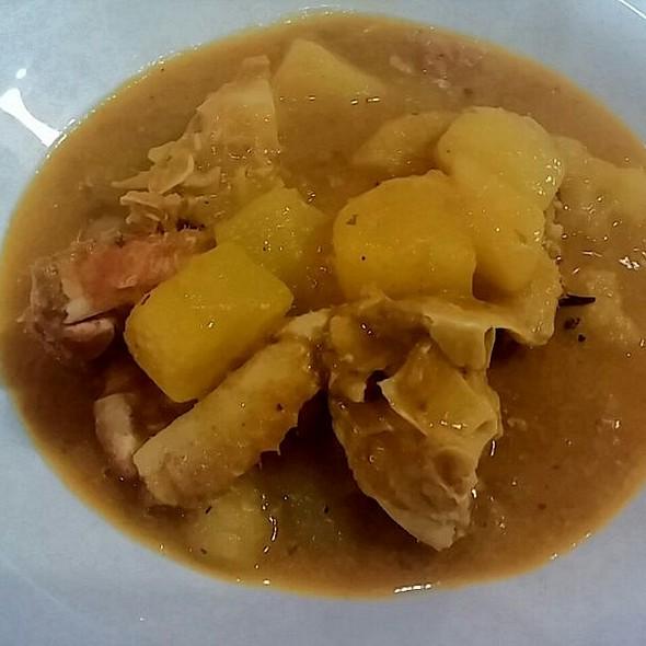 Caldereta de Bou de Mar.  Restaurant Arrosseria Andorra  T.+376826000