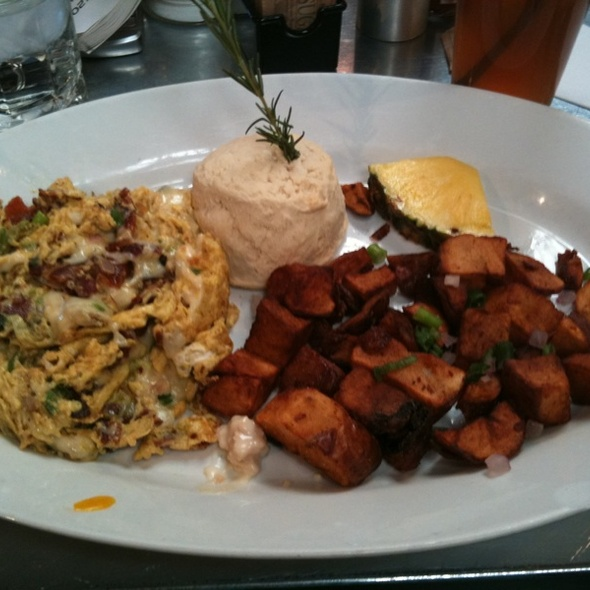 Farm Scramble - Hardwood smoked bacon, avocado, onion & swiss @ Hash House A Go Go