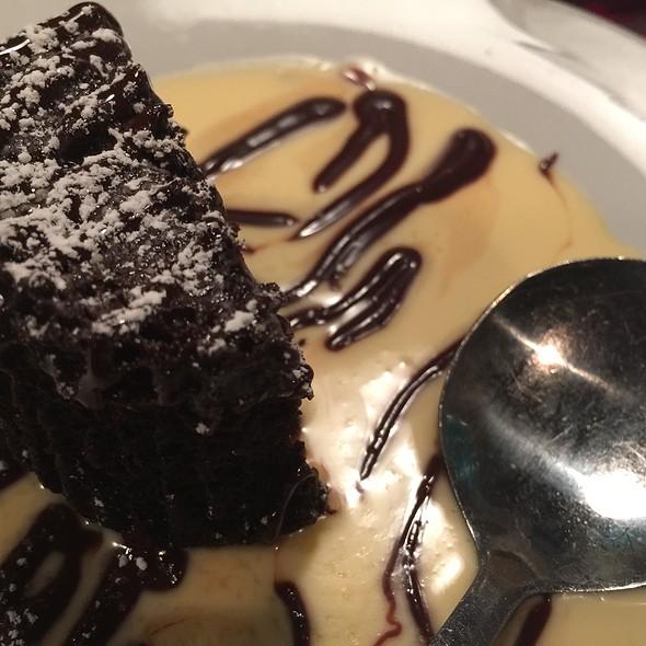 Chocolate Cake @ Peckish Pig