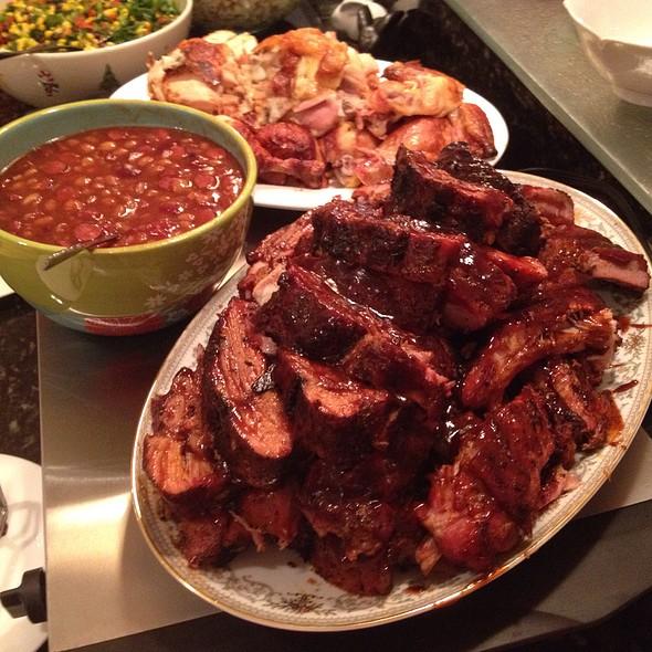 Baby Back Ribs Dinner @ Chez Eric
