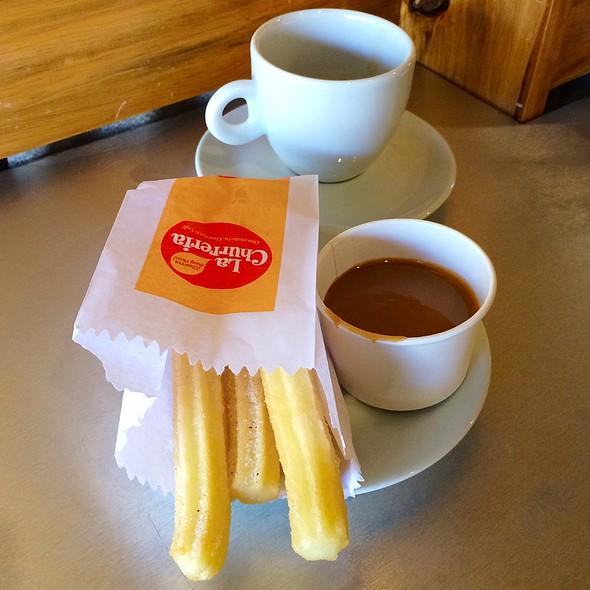 Churros & Coffee @ La Churreria