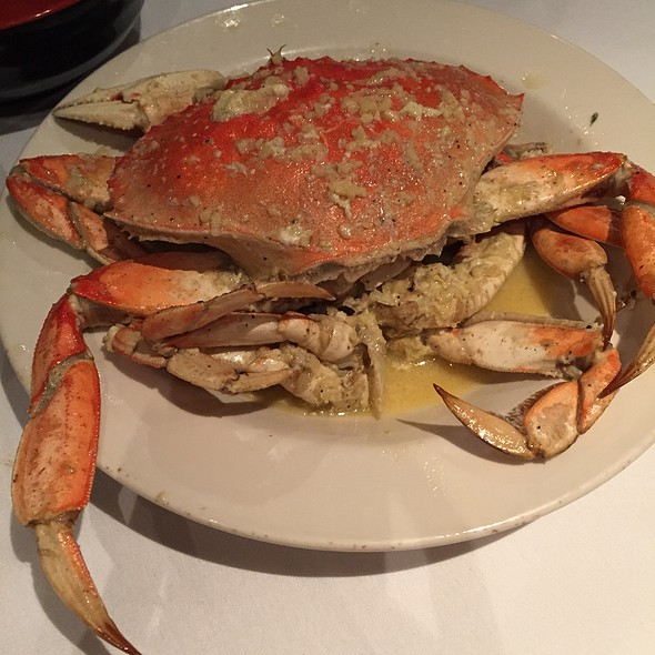 Garlic Roasted Crab @ PPQ Dungeness Island