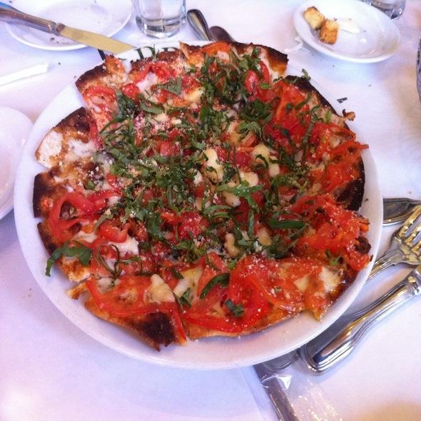Marguerita Flatbread @ Brio Tuscan Grille