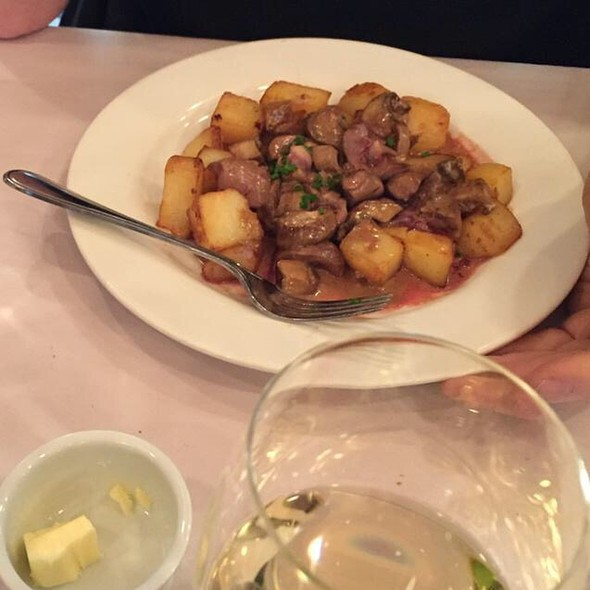 Veal Kidneys - L'Express, Montreal, QC