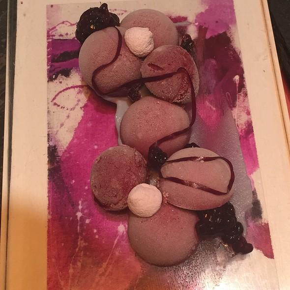 Purple Dessert @ 2am:dessert Bar