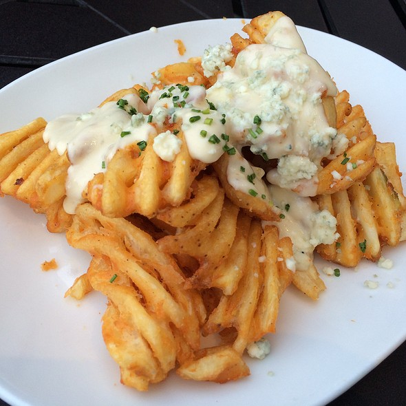 Waffle Fries With Gorgonzola