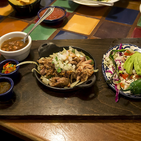 Carnitas en Tablita @ El Torito Mexican Grill