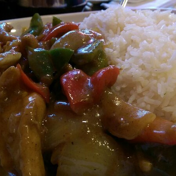 Curry Chicken @ China King