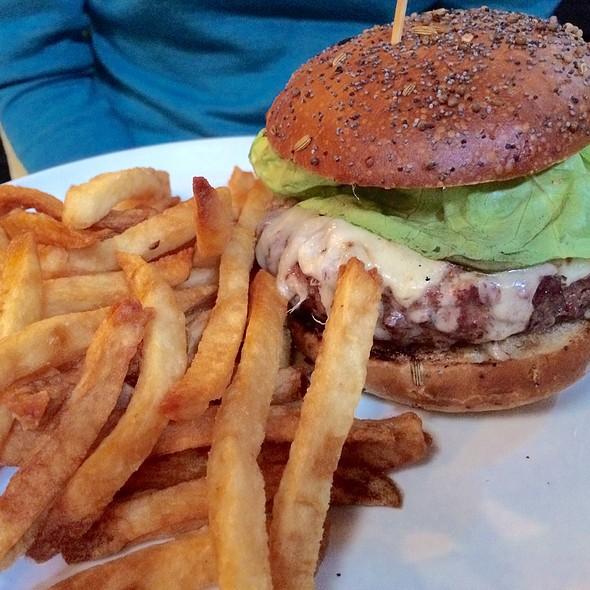 Half Pound Burger - benjy's in the village, Houston, TX