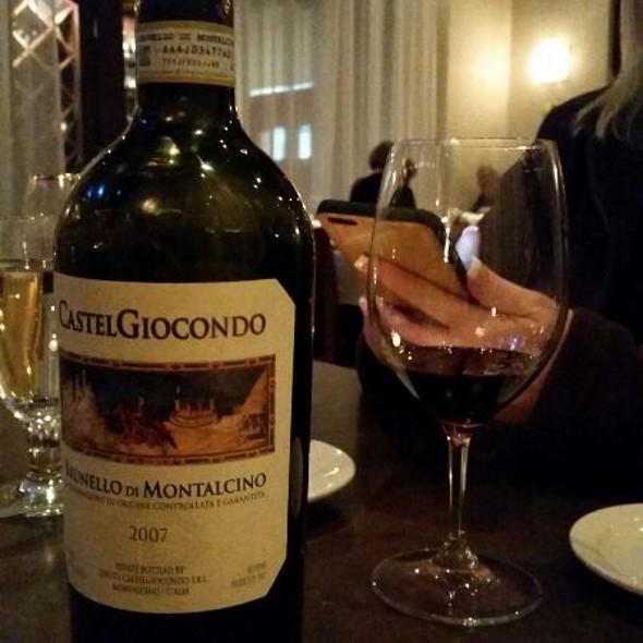 Wine - Montarra, Algonquin, IL