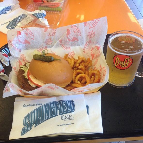 Krustyburger And Duff Beer @ Krustyburger