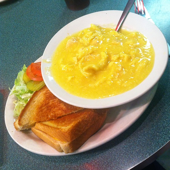 Chicken Noodles & Grilled Cheese @ Kumback Lunch