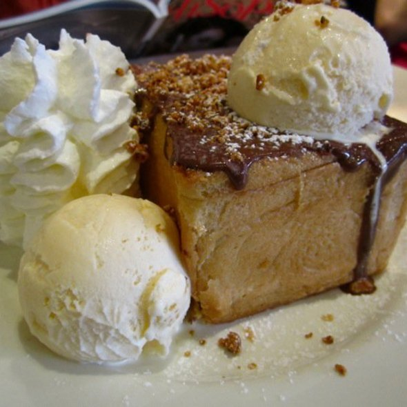Honey Toast with Ice cream @ After You