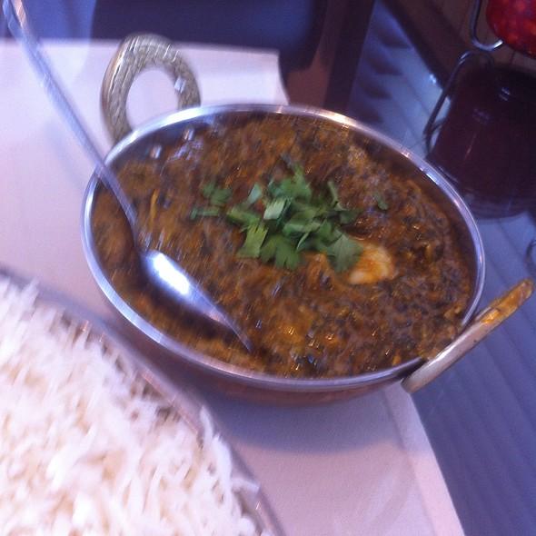 Shrimp Saag @ Taj Mahal