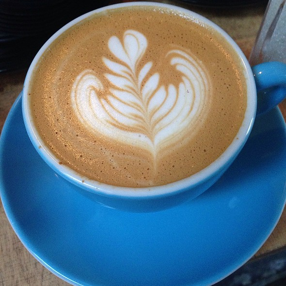 Flat White @ Concierge Coffee