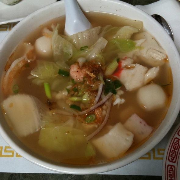 Seafood Noodle Soup @ Sai's Restaurant