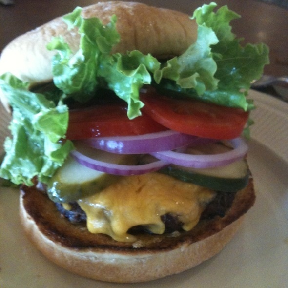 Cheeseburger @ Gentle Creek Golf Club