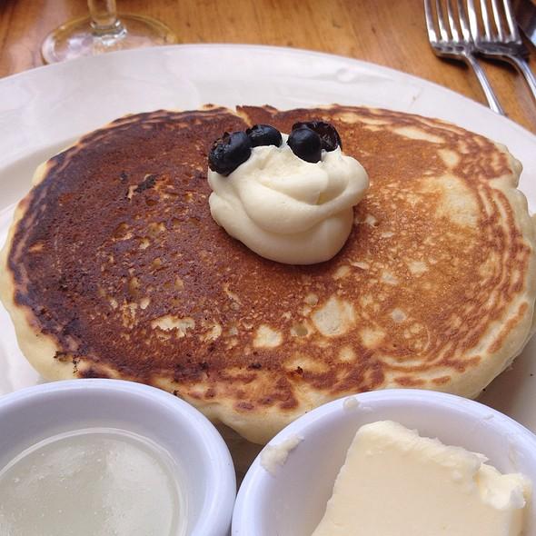 Blueberry And Ricotta Stuffed Pancakes - Longhi's - Wailea, Wailea, HI