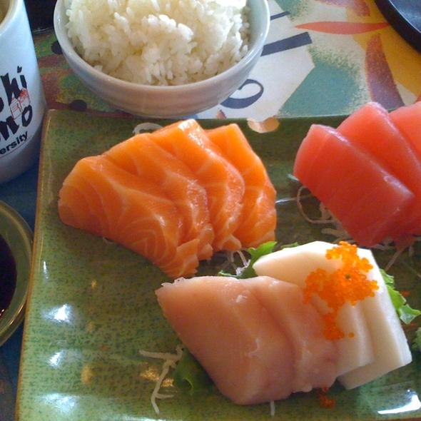 Sashimi @ Sushi Tomo