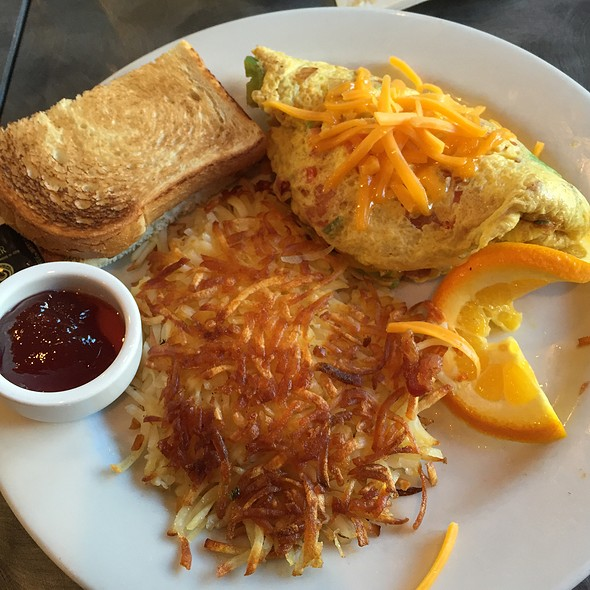 Omelette @ Joanie's Cafe