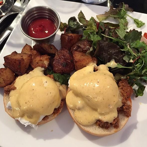 Chorizo Eggs Benedict @ Bisou Bistronomy