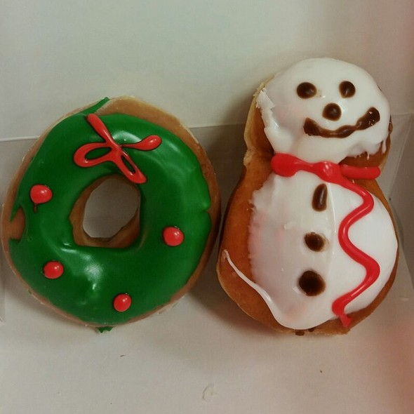 Christmas Donuts @ Krispy Kreme