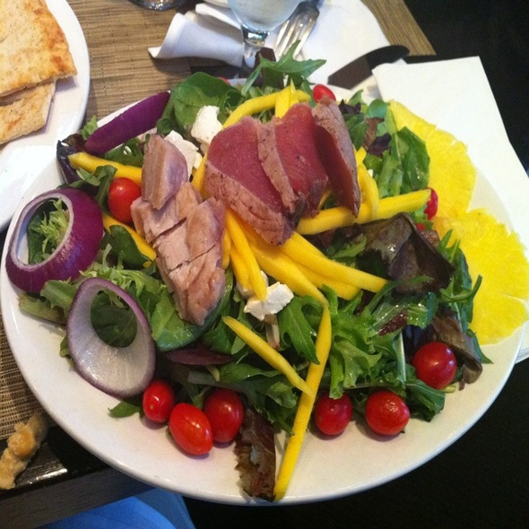 Seared Tuna Salad - Public House - National Harbor, Oxon Hill, MD