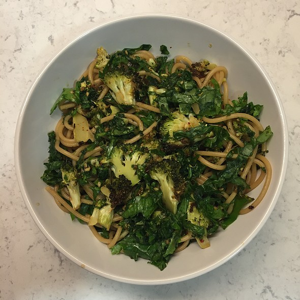 Soba With Soy Kale And Broccoli @ Cafe Martin 網吧馬丁
