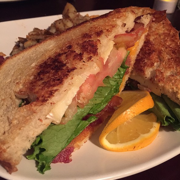 Grilled Cheese Blt @ The Kraken Gastropub