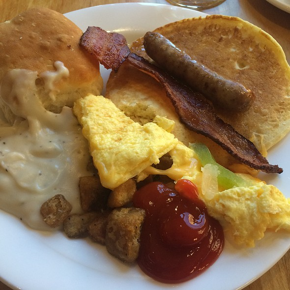 Breakfast @ Zion Lodge
