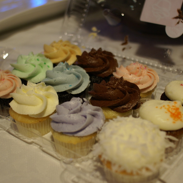 Assorted mini Cupcakes @ Bliss & Co. Cupcakes