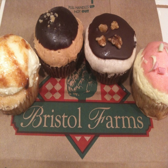 Cupcakes @ Bristol Farms - San Francisco