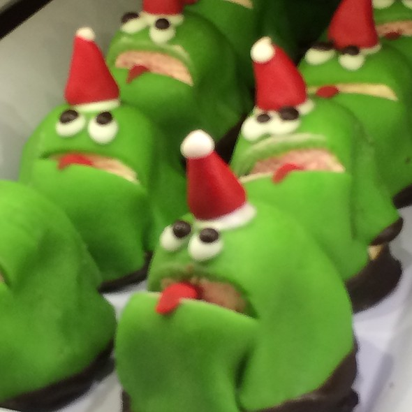 Marzipan Frogs!!! @ Foodwares Market