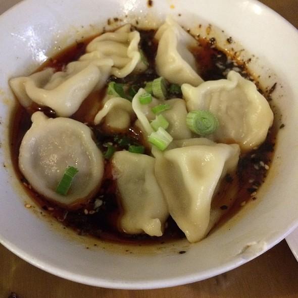 Dumplings @ Chilli Cool