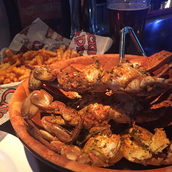 Blue Claw Crabs @ Chickie's & Pete's Cafe