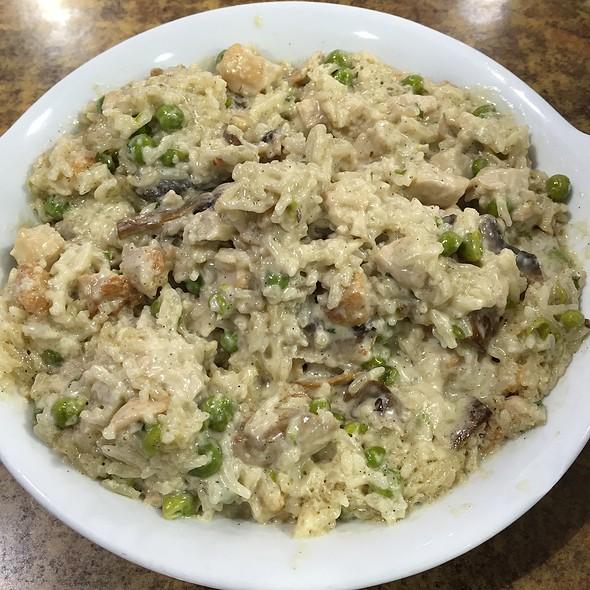 Chicken Rice @ The Buffet Bar