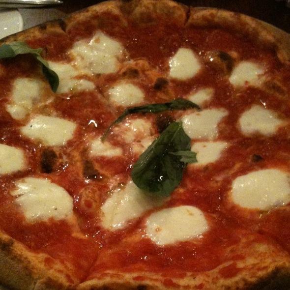 pizza mozzarella di bufala @ Ovest Pizzoteca by Luzzo