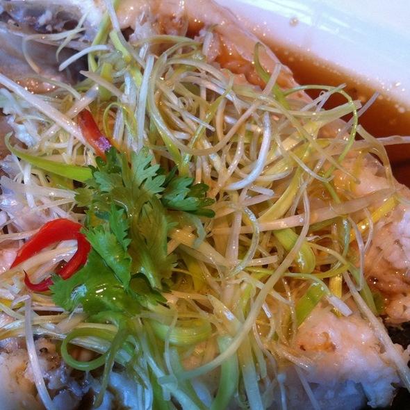ปลาบู่นึ่งซีอิ้ว @ Fei Ya - Renaissance Bangkok Ratchaprasong Hotel