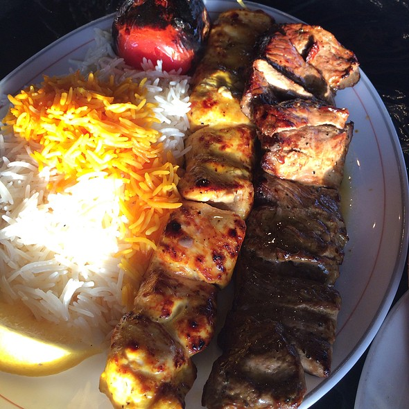 Bakhtiari (Chicken And Beef Tenderloin Skewer) @ Shish Kabab