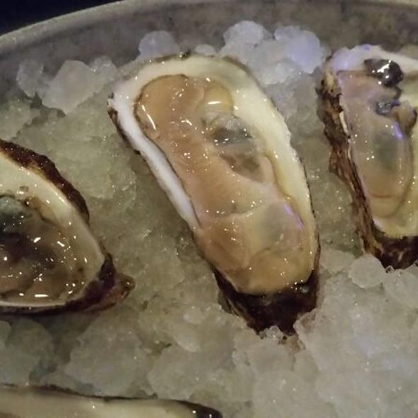 Barnstable Oysters - Oceanaire Seafood Room - Orlando, Orlando, FL
