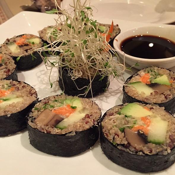 California Roll @ Green Earth Vegan Cuisine